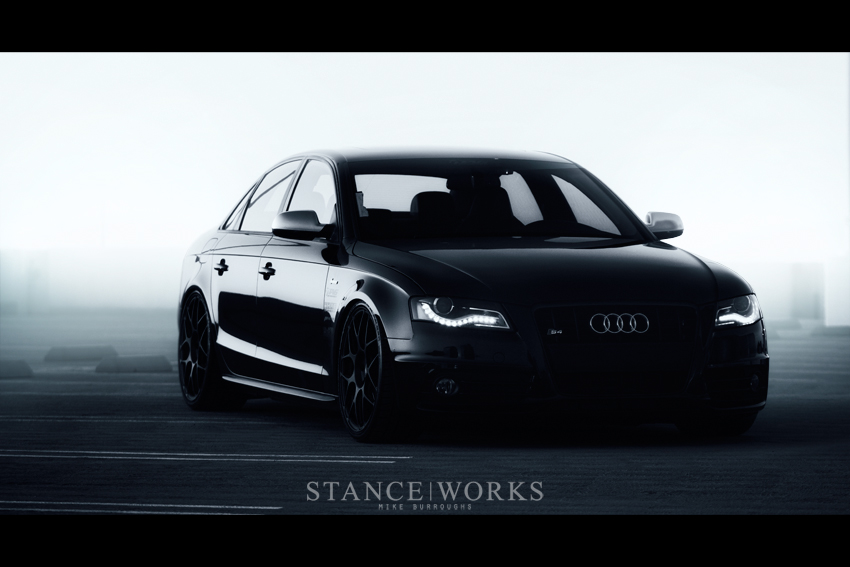 New pics of Black and White Audi B8 S4 on HRE P40S