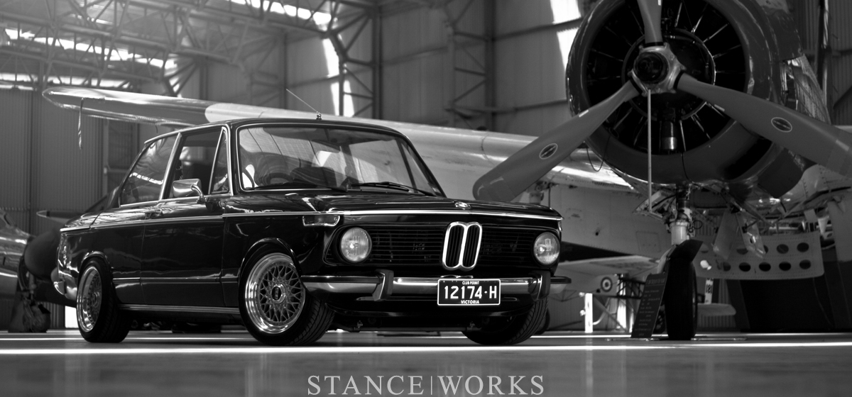 Photos Artistique de BMW ! ! ! - Page 5 Bmw-2002-bbs-rs-australia-title