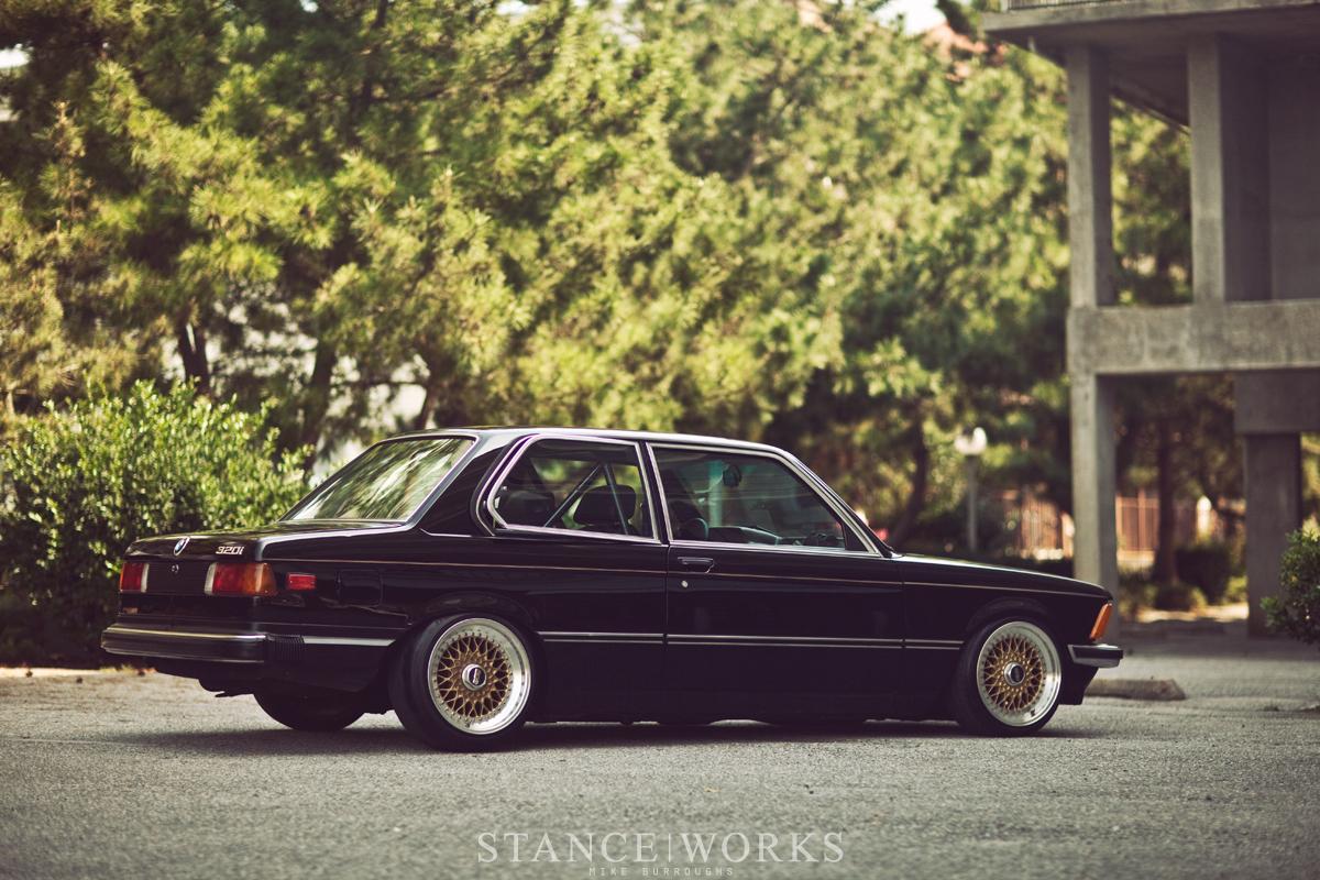 Photos Artistique de BMW ! ! ! - Page 5 Bmw-e21-320i-bbs-rs