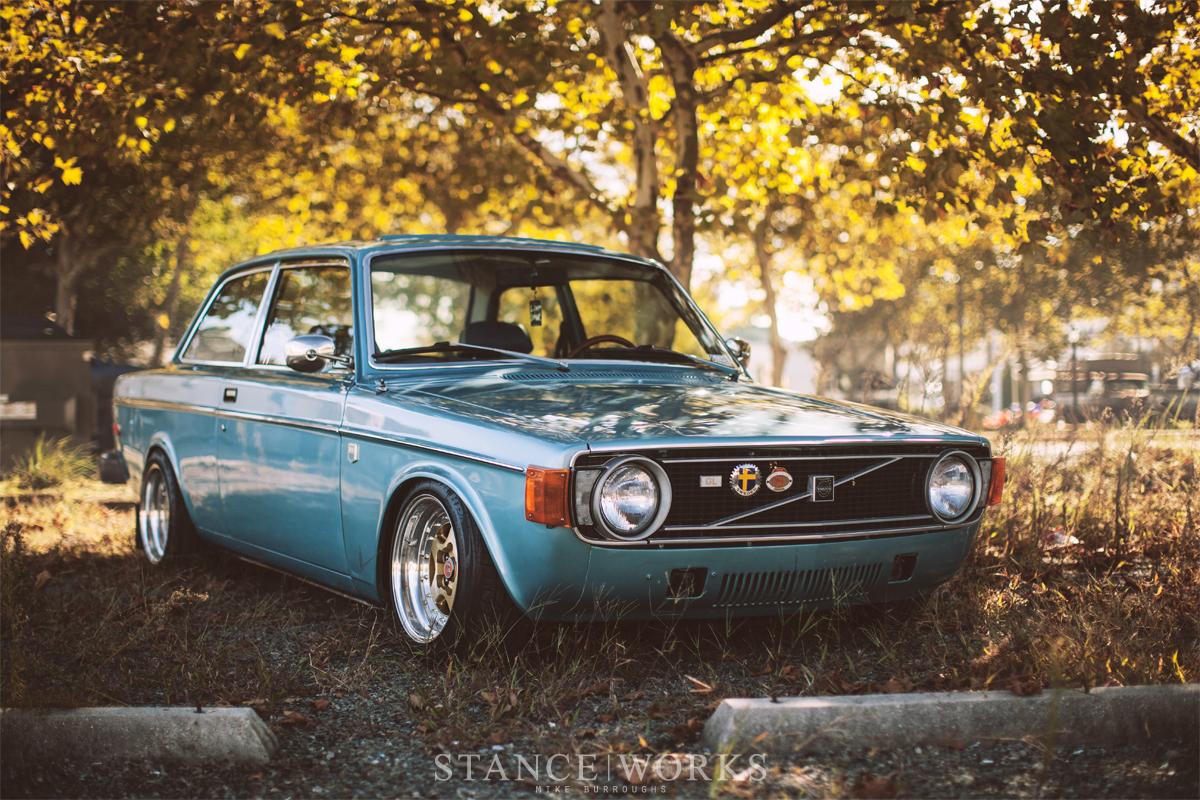 Volvo 142 styling