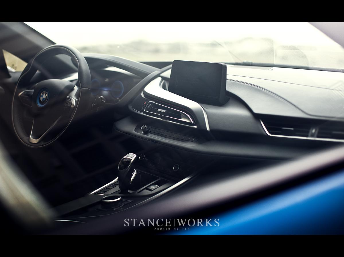 bmw i8 interior console