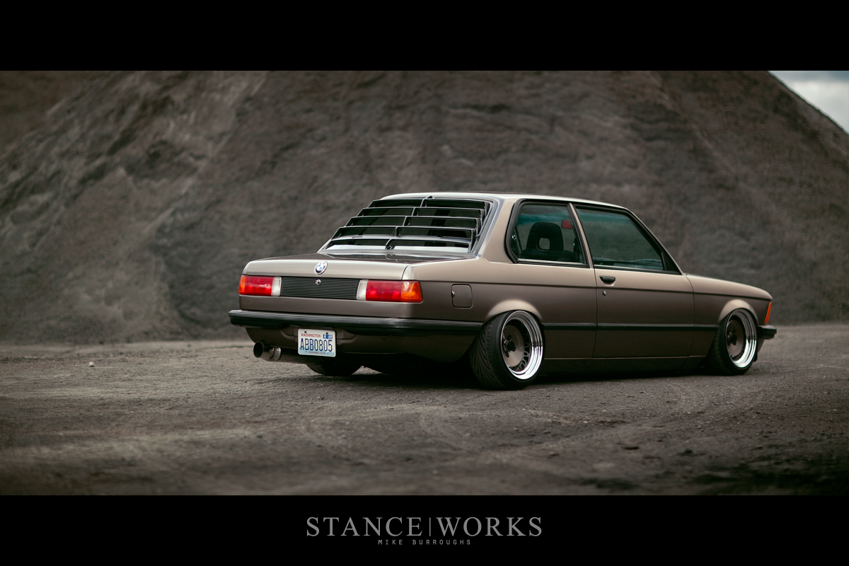 StanceWorks Revisits  Nic and Stephanie Fosters BMW E21 320i