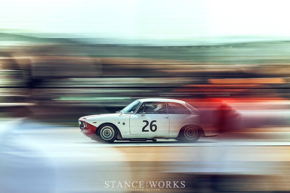alfa-romeo-gtv-panning-racing